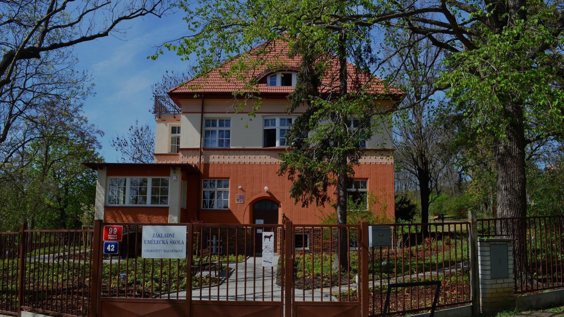Budova školy ZUŠ Masarykova